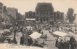 50 Cherbourg, La Place Un Jour De Marché - Cherbourg