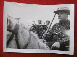 CAMARGUE LES SAINTES MARIES DE LA MER GARDIAN MANADIER TROUCHAUD PHOTO BARRAL A ARLES 18 X 13 Cm - Geïdentificeerde Personen