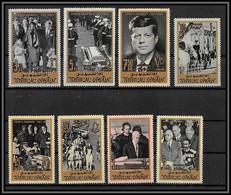 0229/ Umm Al Qiwain N° 30/37 A John Fitzgerald Kennedy 1965 Cote 11 Euros - Umm Al-Qiwain