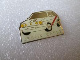 PIN'S    VOLKSWAGEN   GOLF   GTI   RALLYE   JESTIN  CASSE - Volkswagen