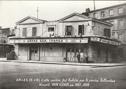 CPSM 13  ARLES MAISON DE VAN GOGH GD BAR TABACS - Arles