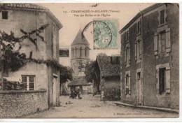 Champagne-St-Hilaire-Vue Des Halles Et De L'Eglise - Otros Municipios