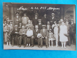 46 : ALVIGNAC : CARTE PHOTO De GROUPE , Prise Le 20/08/1928 , QUI VA LES RECONNAITRE ?? , C.P.A. , Carte En Bon état - Otros Municipios