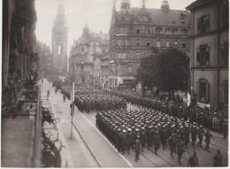 Photo Occupation Allemagne  Guerre 39-45  Freiburg Fribourg En Brisgau ?  Cérémonie Militaire - Guerre, Militaire