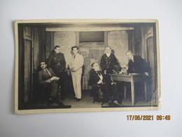 Carte Photo  Militaire 1942 Prisonnier Piece De Theatre Stalag 10 A - War 1939-45