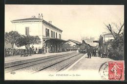 CPA Vidauban, La Gare, Train Fährt In La Gare Ein - Vidauban