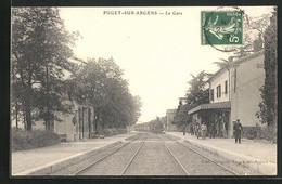 CPA Puget-sur-Argens, La Gare, Der Train Fährt In Den La Gare Ein - Ohne Zuordnung