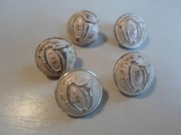 Lot De 5 Boutons Chasseurs Alpins Verso 21mm. TW&W . Paris ..attache Anneau OK.. Utilisés - Divise