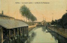 Ruffec * Le Lavoir Public * Laveuses Lavandières * Le Moulin De Plaisance * Cpa Toilée Colorisée - Ruffec