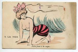 """ILLUSTRATEUR  EROTISME A La Mer  Baigneuse Maillot Baissé Poitrine Nue """" Faire Front à La Vague"""" écrite Vers    D15 2021 - 1900-1949"""