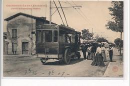 CHARBONNIERE LES BAINS - L'arrivée Du Tramway Aux Flachères - AUTOBUS - Très Bon état - Charbonniere Les Bains