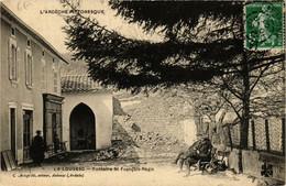 CPA La LOUVESC Fontaire St-FRANCois Régis (660605) - La Louvesc