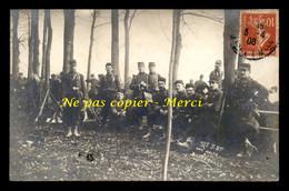 MILITARIA - REGIMENTS - 37E RI 3E BATAILLON - UNE HALTE A BOSSERVILLE (MEURTHE-ET-MOSELLE) - CARTE PHOTO ORIGINALE - Regiments