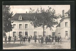 CPA Gurgy, La Place Et J. Grain Courtier En Vins - Gurgy