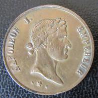 Médaille En Cuivre - Avers Napoléon 1er, Revers Napoléon III - Diam. 24 Mm, Poids : 4,3 Grammes - Firma's