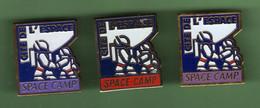 CITE DE L'ESPACE *** SPACE CAMP *** Lot De 3 Pin's Different *** 2103 (10-2) - Spazio