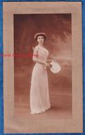 Photo Ancienne - PARIS - Beau Portrait Studio Jeune Femme - Robe Mode Coiffure Eventail Fille - Cheri Rousseau & Glauth - Anciennes (Av. 1900)