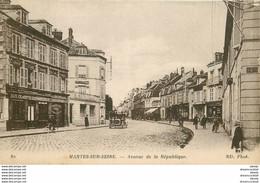 PHL 2 Cpa 78 MANTES SUR SEINE. Avenue De La République Et Château Brochant Villiers 1916 - Mantes La Ville