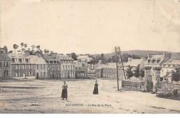 BOURBRIAC - Le Bas De La Place - Très Bon état - Otros Municipios