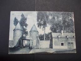 Sombreffe - Le Château-Fort Cour Intérieur Et Corps De Garde - Sombreffe