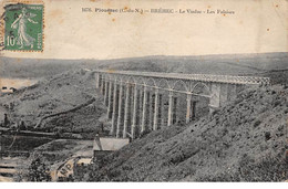 PLOUEZEC - BREHEC - Le Viaduc - Les Falaises - Très Bon état - Sonstige Gemeinden