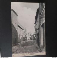 Saint-Valery-sur-Somme La Place De L'église - Saint Valery Sur Somme