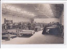 POISSY : Carte Photo D' Un L'atelier En 1923 - Très Bon état - Poissy
