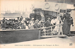 TROUVILLE SUR MER - Débarquement Des Passagers Du Havre - Très Bon état - Trouville