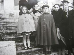 DA VEDERE 2 SCAN A VOIR FILLETTE GARCON ROBE MANTELLO DERSS BAMBINI CHILDREN - Anonymous Persons