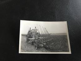 Photo - 1920 - AM OULED (Tchad) Tracteur «Holt» 60 HP & Charrue 10 Socs - Berufe