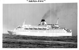 """Photo Bateau Identifié Transport Passagers  """" Napoléon """" - Barche"""