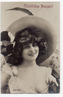DC605 - Ak Schöne Motivkarte Junge Dame Frau Mädchen Mit Großem Hut - Mujeres