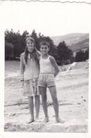 Old Real Original Photo - Little Boy Girl Posing -  Ca. 9x6.5 Cm - Persone Anonimi