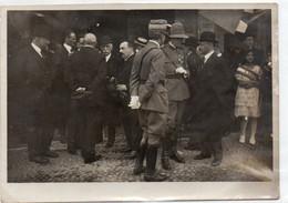 LE AUTORITA' IN ATTESA DI S. E. BONOMI - MANTOVA 1921 - Foto Originale - Photographs