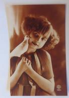 Frauen, Mode, Taube,  1930 ♥ (64949) - Sonstige