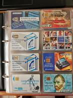 LOT DE DEUX CLASSEURS (390 TELECARTES) MAJORITE FRANCE - Collections