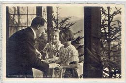 Propaganda NSDAP - Berchtesgadener Kinder Gratyulieren Dem Führer - Photo Hoffmann, München - War 1939-45