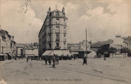 43 LE PUY   CPA  Rue Saint-Haon Et La Place Michelet - Le Puy En Velay