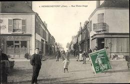 CPA Henrichemont Cher, Rue Victor Hugo - Other Municipalities