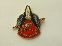 Pin's NAVETTE AMERICAINE  - COLUMBIA - SIGNE NASA STS 1  - EMAIL - Spazio