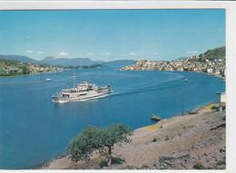 Poros - Fähre - Griekenland