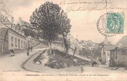 28 CHATEAUDUN LE CALVAIRE ET L'EGLISE SAINT VALERIEN VUS DE LA RUE DES EMPEREURS - Chateaudun