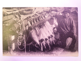 2021 - 1932  COUTUMES , MOEURS ET COSTUMES BRETONS  :  A Bord D'un Grésillon Au Retour De La Pêche Au THON  XXX - Zonder Classificatie