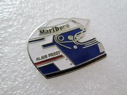 PIN'S    CASQUE   ALAIN  PROST    MARLBORO   Email Grand Feu - F1
