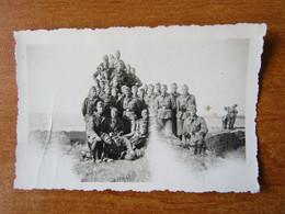 LA TRINITE SUR MER CARNAC WW2 GUERRE 39 45 SOLDATS ALLEMANDS EN AOUT 1940 - La Trinite Sur Mer