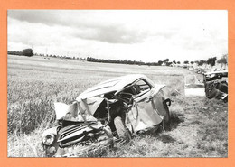 PHOTO RETIRAGE DE L'ANNÉE 1963 RN 20 TOURY - ACCIDENT DE VOITURE PEUGEOT 403 - Auto's