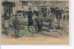MARSEILLE - Sur Le Port (un Tondeur D´ânes) - Très Bon état - Old Professions