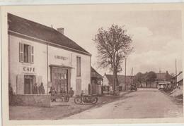 Villevieux  39  La Route De Bletterans Café-Epicerie -Terrasse Et Rue Animée-Moto Et Voitures - Sonstige Gemeinden