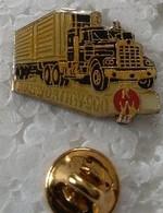 Pin's - Transport - Camion - Semi Remorque - KENWORTHW 900 - - Transportation