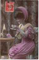 L330A0787 -  Portrait De Jeune Femme Buvant Un Thé? - NPG  N°642/5 - Oranotypie 1904 - Women